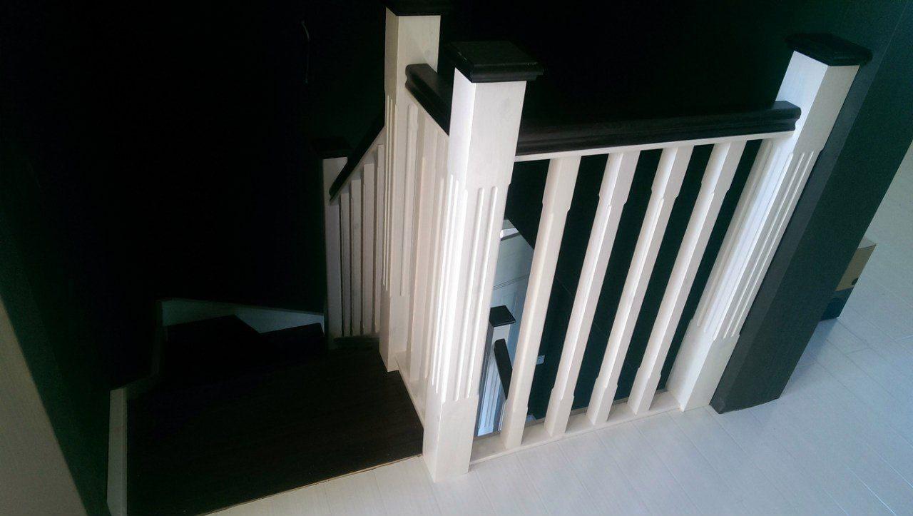 Комплектующие для лестниц из дерева купить в Москве